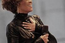 Whitney Houston se pokouší o velkolepý comeback