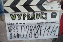 Režisér Biser Arichtev se právě v těchto dnech pustil do natáčení dalších dílů oblíbeného seriálu Vyprávěj.