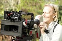 Režisérka Phyllida Lloyd při natáčení filmu Železná lady