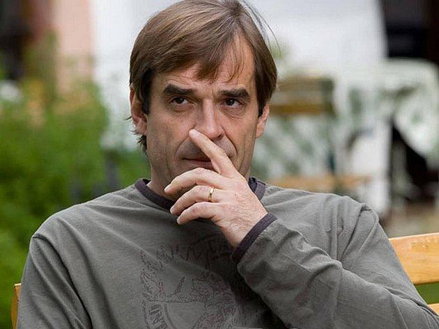 Miroslav Etzler v TV filmu Na vlky železa