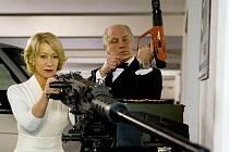 RED: Helen Mirren a John Malkovich