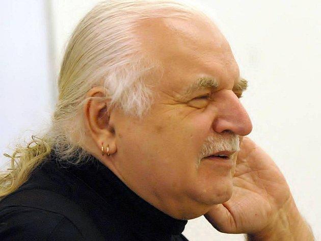 Bývalý ředitel Národní galerie v Praze Milan Knížák