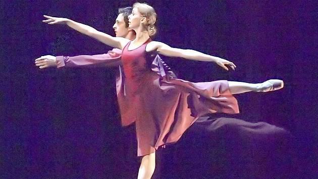 Oceněný balet Déjá vu představili severu Čech sólisté Národního divadla Adéla Pollertová a Alexandre Katsapov.