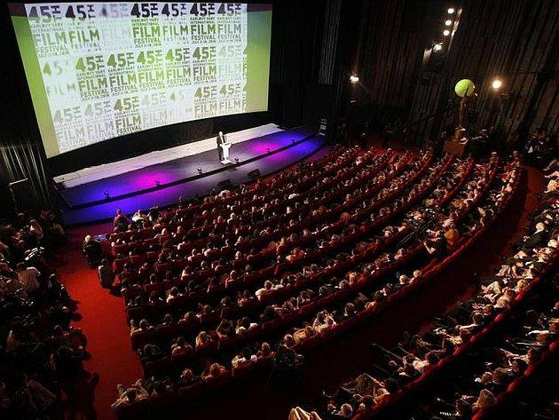Slavnostní ceremoniál k zakončení 45. rčníku MFF Karlovy Vary