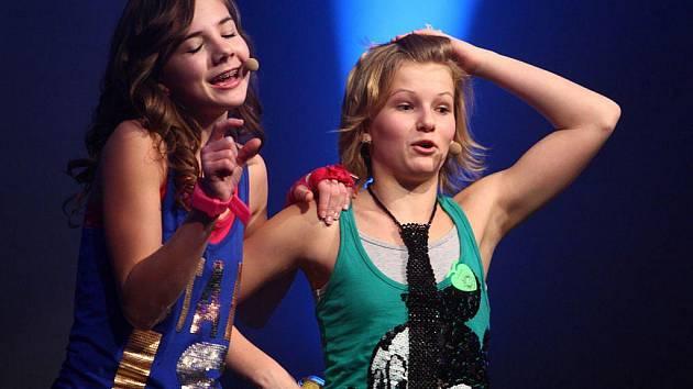V jabloneckém Eurocentru vystoupila dívčí skupina 5Angels.