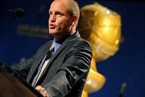 Vyhlášení nominací na 69. Zlaté globy v Beverly Hilton Hotel: Woody Harrelson