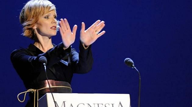 Herečka Anna Geislerová moderovala 18. dubna v Praze udílení cen Magnesia Litera.