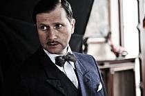 V Herzově snímku Habermannův mlýn dostal Jan Hrušínský dost odpudivou roli - bezpáteřného Čecha Pospíchala