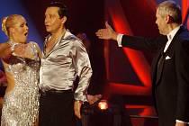 Vítězi taneční soutěže České televize Stardance…když hvězdy tančí se stali ve finálovém večeru 18. prosince v Praze herec Pavel Kříz a tanečnice Alice Stodůlková.