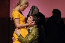 Inscenace Maryša ve zlínském divadle sbírá jedno ocenění za druhým.