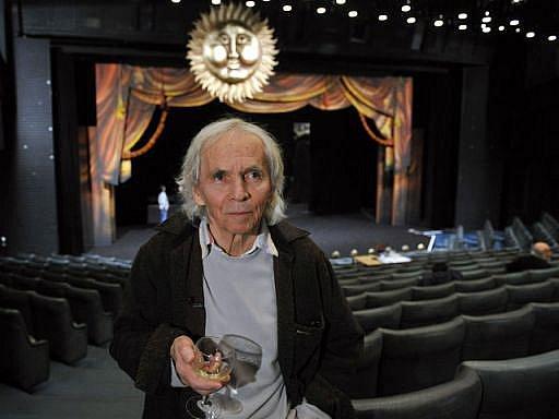 Divadelník a režisér Jiří Srnec se zúčastnil 2. března v Praze generální zkoušky inscenace Laterny magiky s názvem Legendy magické Prahy.