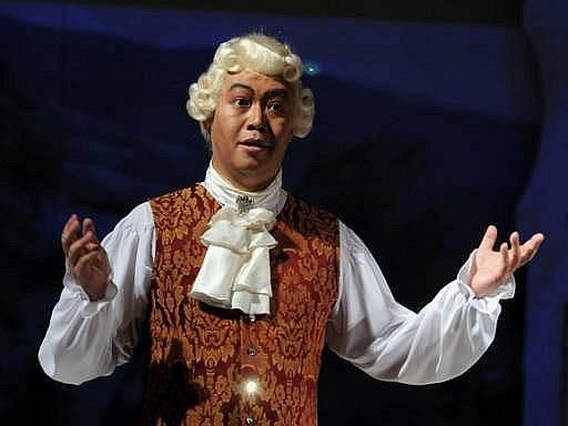 Haitao Wang jako hrabě Almaviva 25. listopadu při generální zkoušce nastudování opery Wolfganga Amadea Mozarta Figarova svatba.
