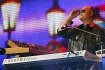 Zpěvák Michal David oslavil 17. června 2010 v pražské O2 Areně své 50. narozeniny velkým koncertem s názvem Mejdan roku.