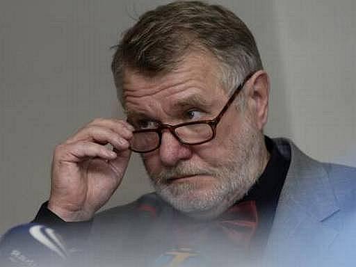 Spisovatel, novinář a senátor Jaromír Štětina