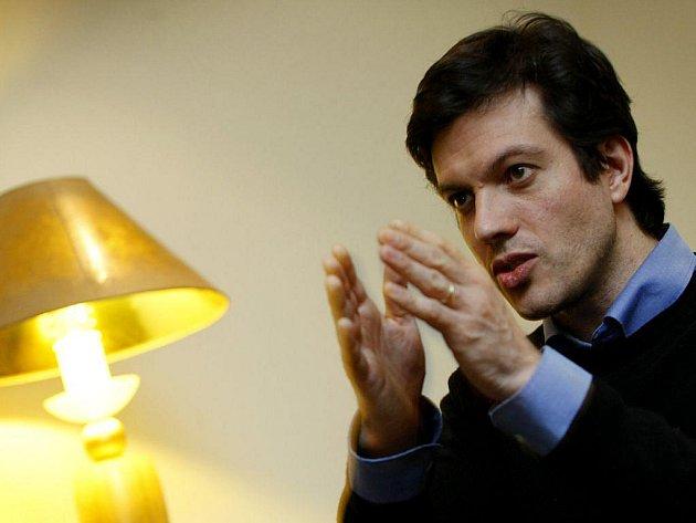 Francouzský režisér Alexandr Iordachescu dramatu Cesta za horizont poskytl rozhovor Deníku v Praze.
