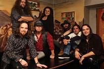 Skupina Blue Rocket z Teplic hraje jižanský rock. Hrála už v Liberci i v Bílině před Nazareth, aktuálně vystoupí v pátek 10. prosince v Roudnici před Kenem Henslym. Foto: archiv skupiny