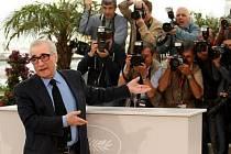 Legendární režisér Martin Scorsese v obležení fotografů