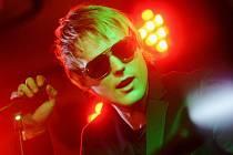 TALENTOVANÝ zpěvák David Deyl zaujal v Bělorusku i vlastní tvorbou.