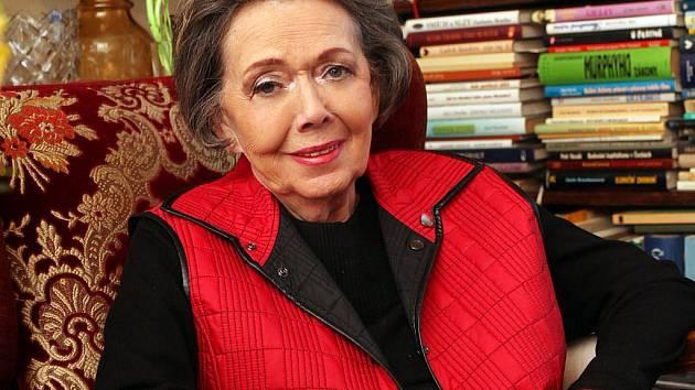 Jiřina Jirásková slaví osmdesátiny. Ty by jí ale jen málokdo hádal