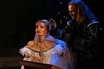 Kamila Nývltová jako muzikálová Angelika
