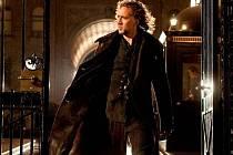 Nicolas Cage v hlavní roli filmu Čarodějův učeň