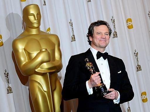 V noci z neděle na pondělí se v LA předávaly Oscary. Colin Firth získal sošku v hlavní herecké kategorii.
