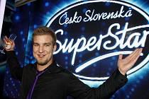 Finále Československé Superstar proběhlo 5. června v Praze. Vítězem se před Gabrielou Gunčíkovou stal Lukáš Adamec.
