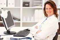 Určit diagnózu pomáhá americkým lékařům vyhledávač Google.