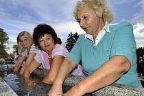Priessnitzovy léčebné postupy se využívají například v lázních v Jeseníku, kam ročně zavítá 5000 návštěvníků.