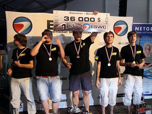 Vítězové turnaje Electronic Sports World Cup (ESWC) v roce 2010.
