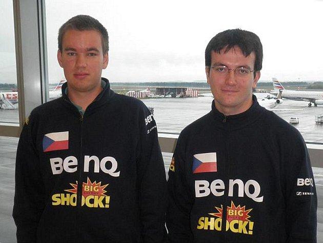 České barvy na osmém ročníku světového prestižního turnaje Electronic Sports World Cup, který je považován za mistrovství světa v PC hrách, hájí Marek Vaculín (vlevo) a Tomáš Bruštík.