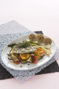 Ryba pecena se zeleninou