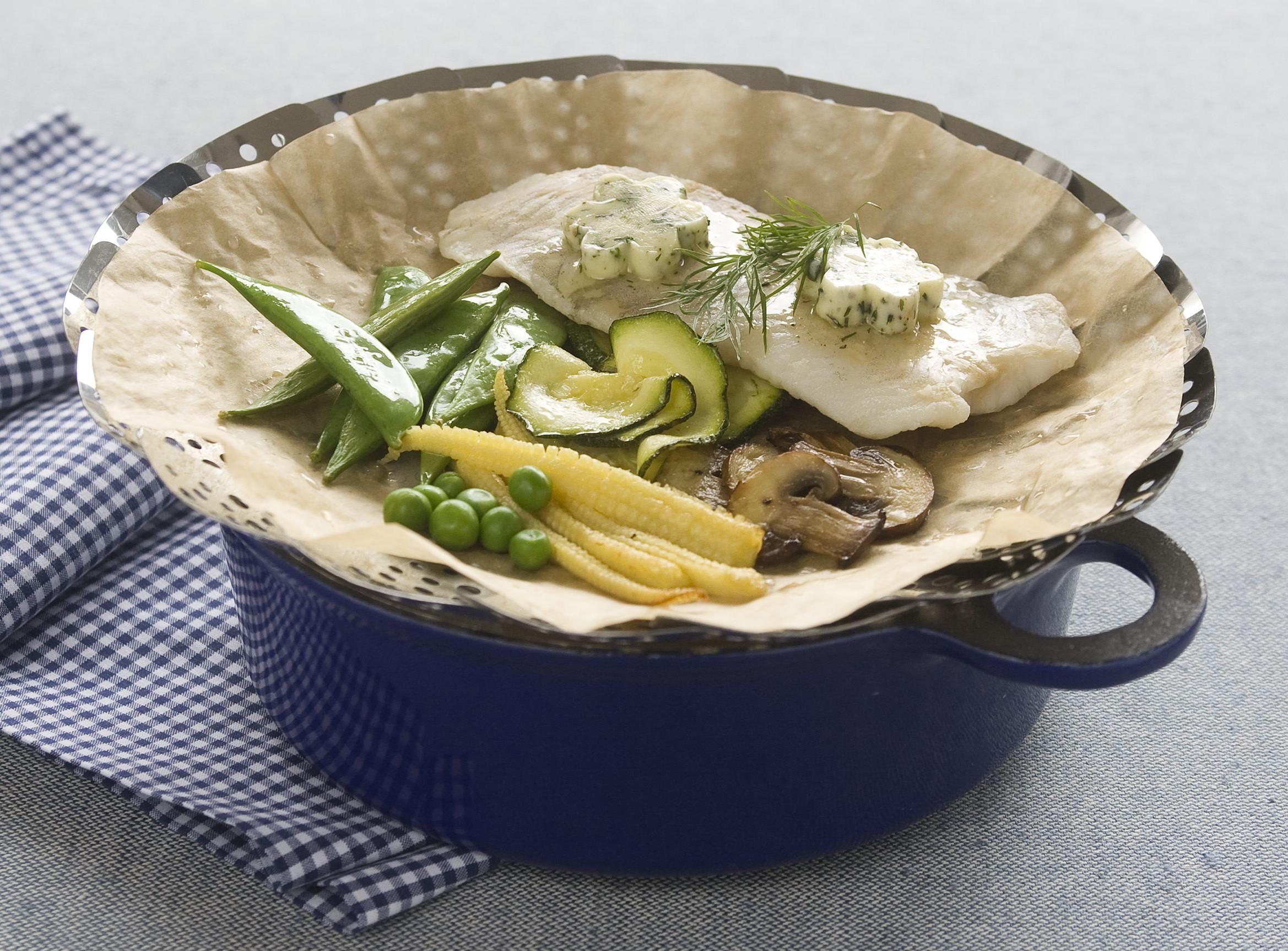 Lin vareny vpare sbylinkovym maslem a zeleninou