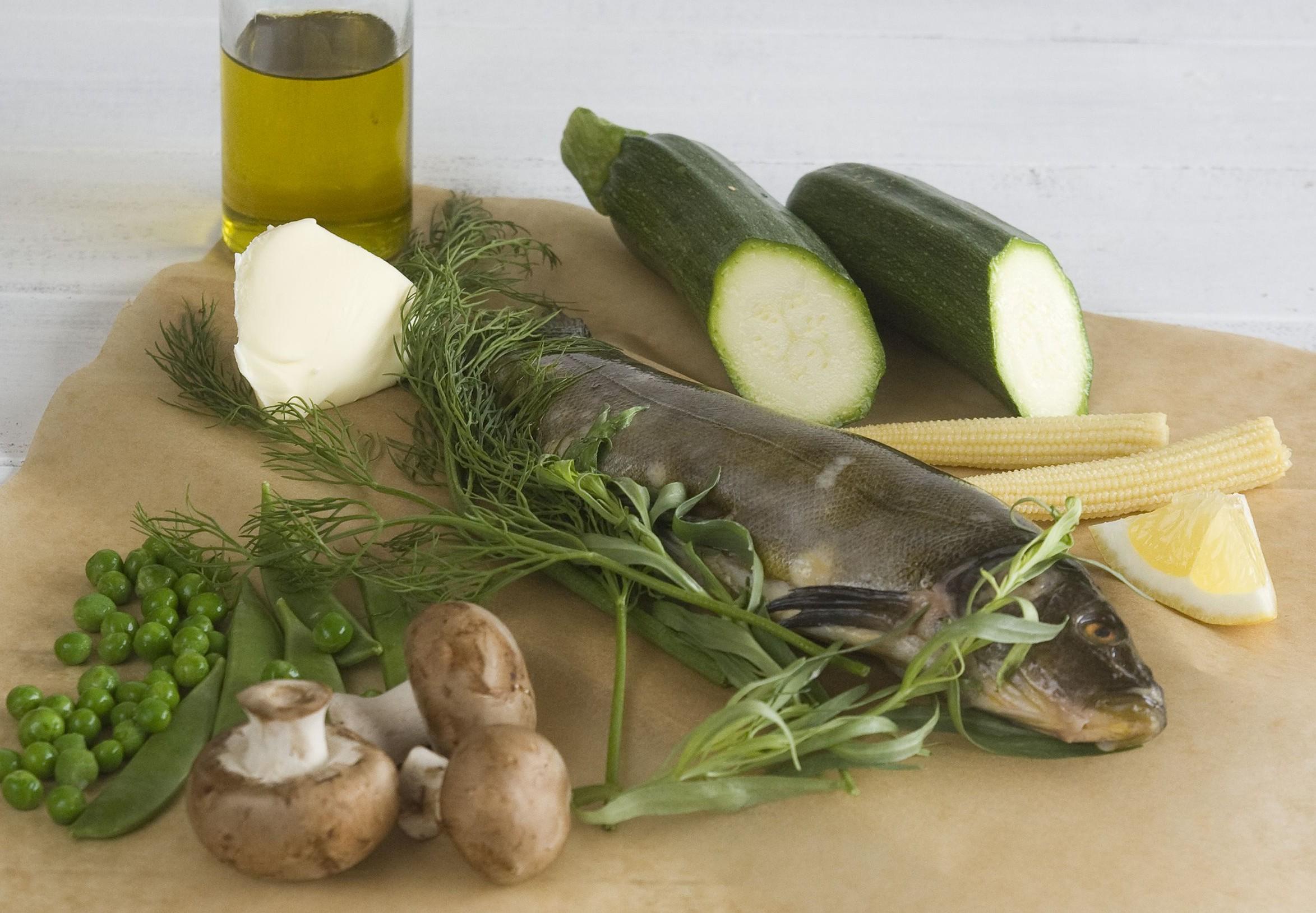 Lin vareny vpare sbylinkovym maslem a zeleninou - suroviny