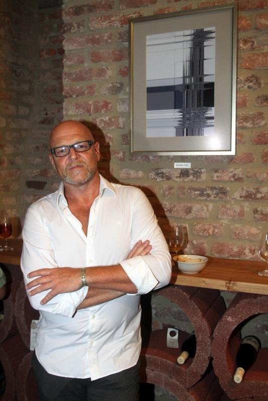 30.7.2013. Vernisaz obrazu a fotografii herce Marka Vasuta. Marek Vasut.
