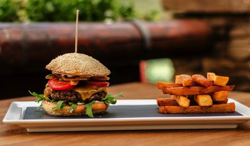 burger NadJezerem