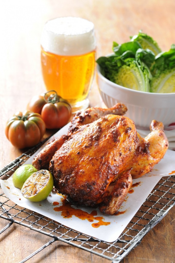 Celé grilované kuře na pivu
