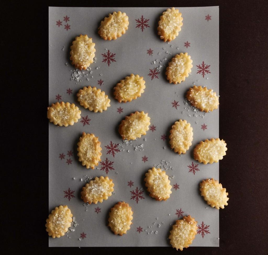 Bezlepek - Krehke krachlicky sypane cukrem,orez