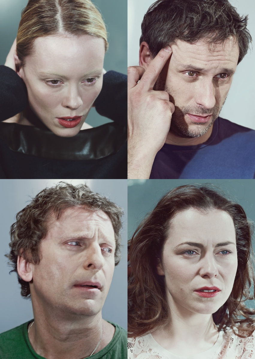 Ve hře 3verze života se představí Linda Rybová, Igor Chmela, Jana Janěková a David Prachař.