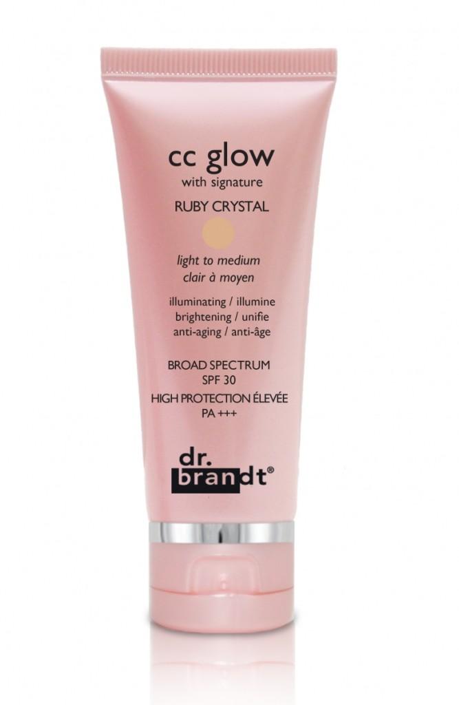 CC Glow Dr Brandt fond blanc HD