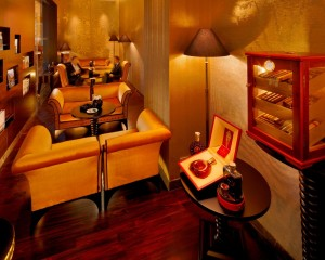 Web_PICT-Churchill-Cigar-Club